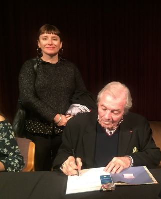 Jacques Pepin signs cookbook